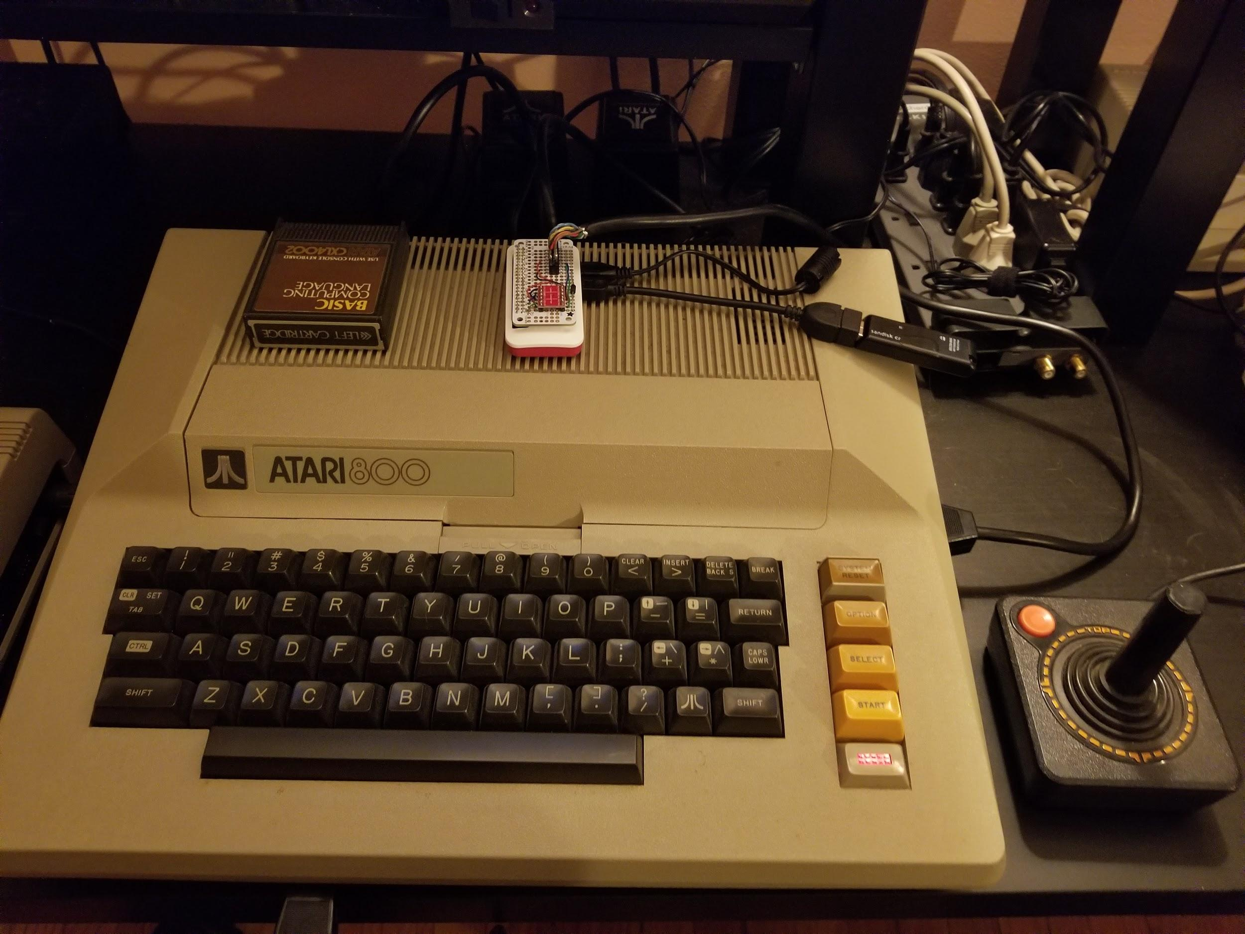 The whole Atari 800 and SIO2Pi setup sitting on my table